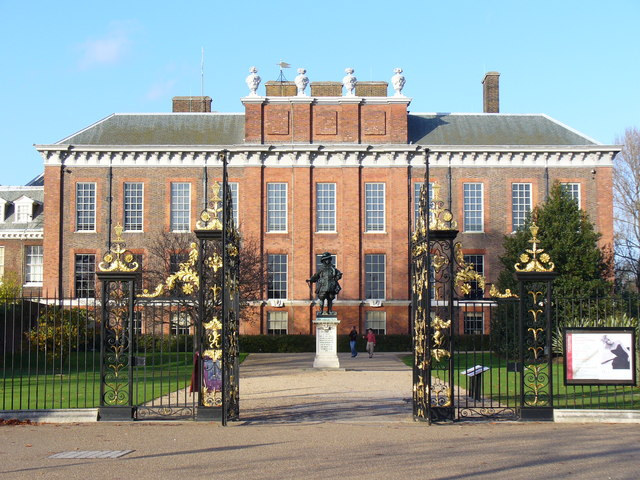 Kensington_Palace,_the_South_Front_-_geograph.org.uk_-_287402