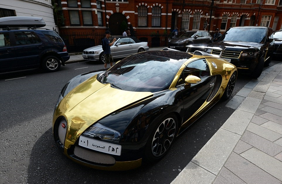 1407231572263_wps_38_Arab_owned_bugatti_veyron