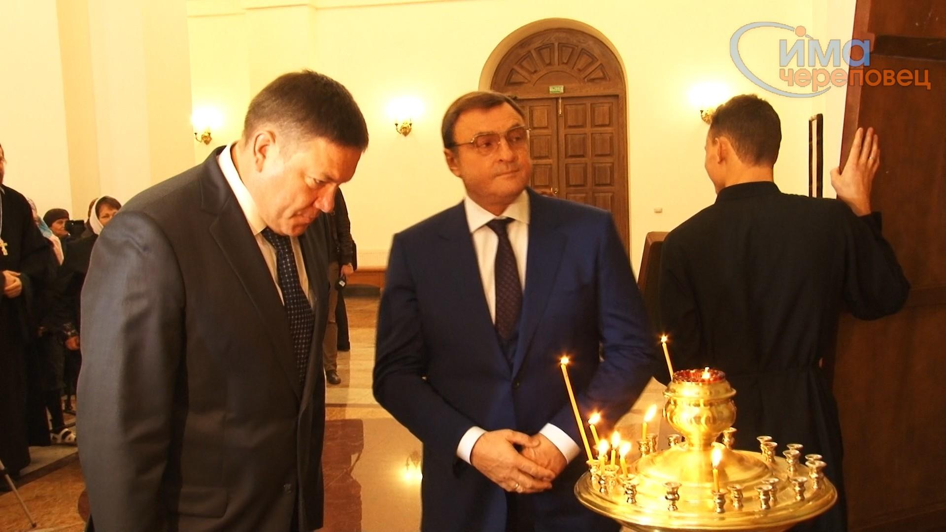 11-10-2013-gubernator-v-hrame-still003