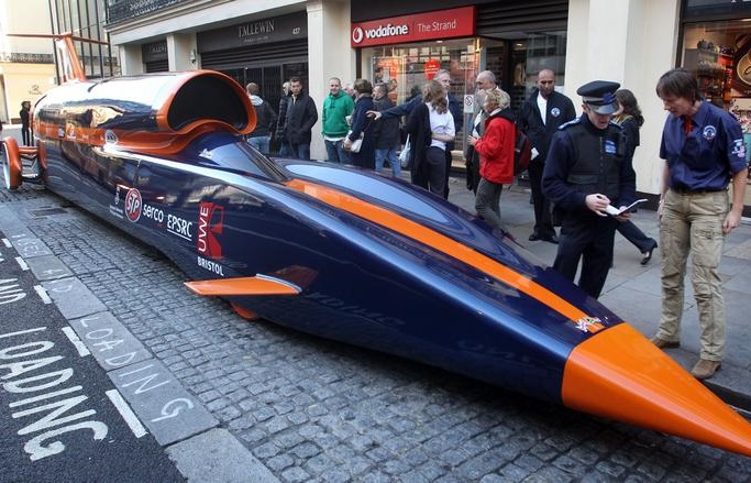 aptopix-britain-bloodhound-supersonic-car