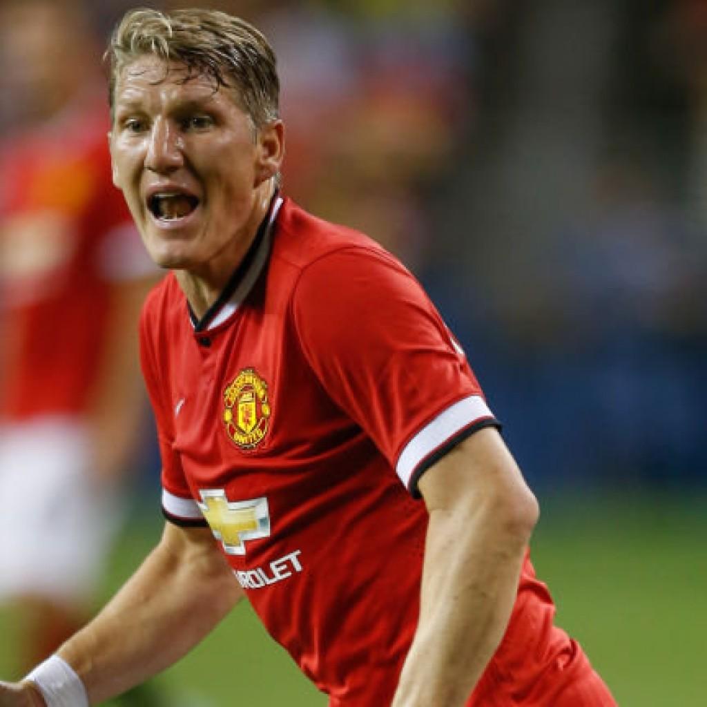 bastian-schweinsteiger-manchester-united-football_3326624