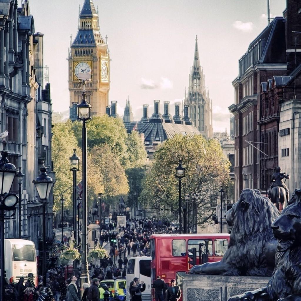 18477-london-1366