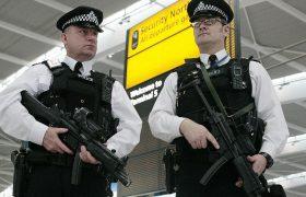 Аресты  в порту Дувр и в Лондоне.