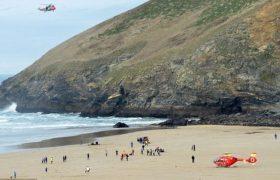 Трое погибли во время прилива  на юге западе Англии.