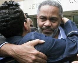 30 лет в тюрьме в ожидании смертной казни.