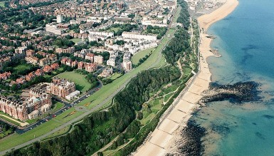 Покупаем сарай с видом на море за  £ 120 тысяч.