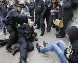 Акции протеста против саммита G8 в Лондоне.