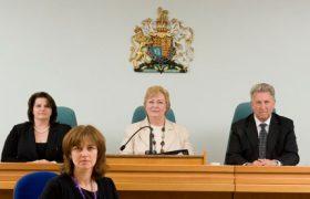 Строитель из Литвы зарезал двух пожилых англичан.