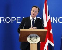 Дэвид Камерон, имитация борьбы с евро миграцией.