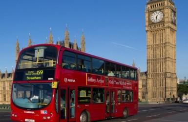 Автобусы Лондона, больше нельзя платить наличными.