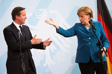 Великобритания подавилась банками. Во всем виноваты иммигранты.