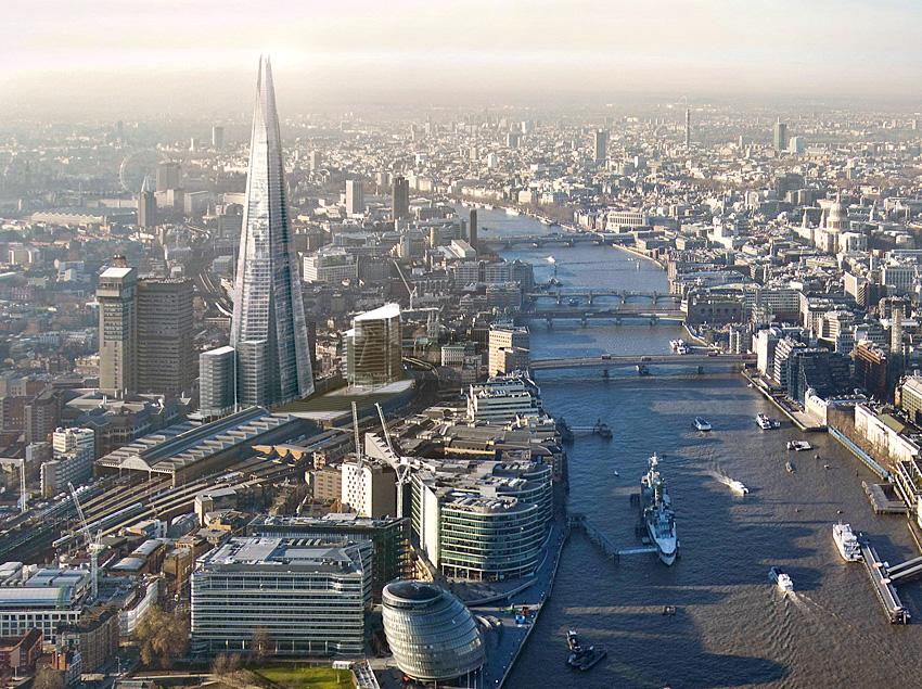 """Новый символ Лондона """"Осколок""""."""