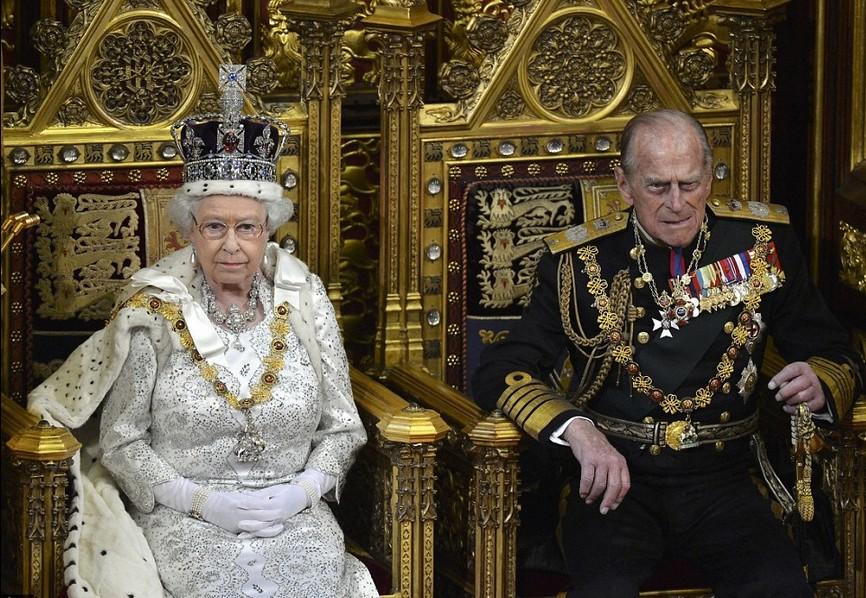 20 законов королевы Елизаветы II. Жизнь станет лучше, только не для всех.