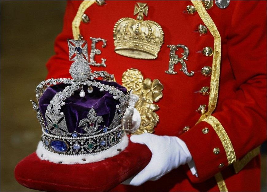 Сколько денег тратит королева Елизавета II.
